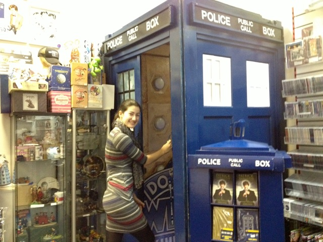 Ariana Corwin in London